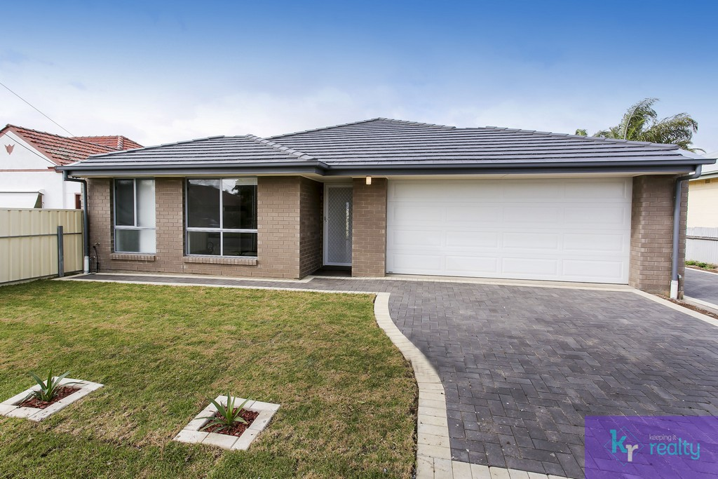 6 Harrison Road, Pennington - 01