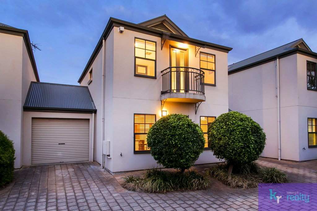 8-4 Cowell Place, Mile End - 02