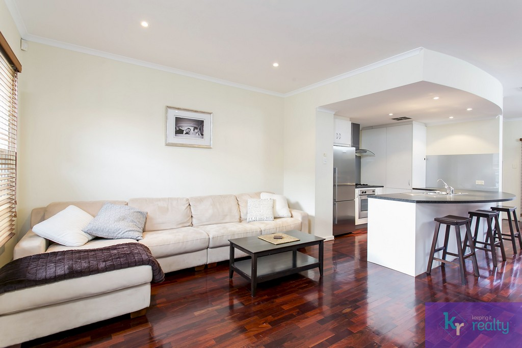 8-4 Cowell Place, Mile End - 04