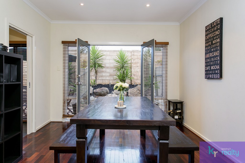 8-4 Cowell Place, Mile End - 08
