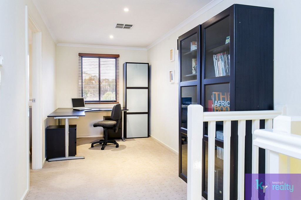 8-4 Cowell Place, Mile End - 09