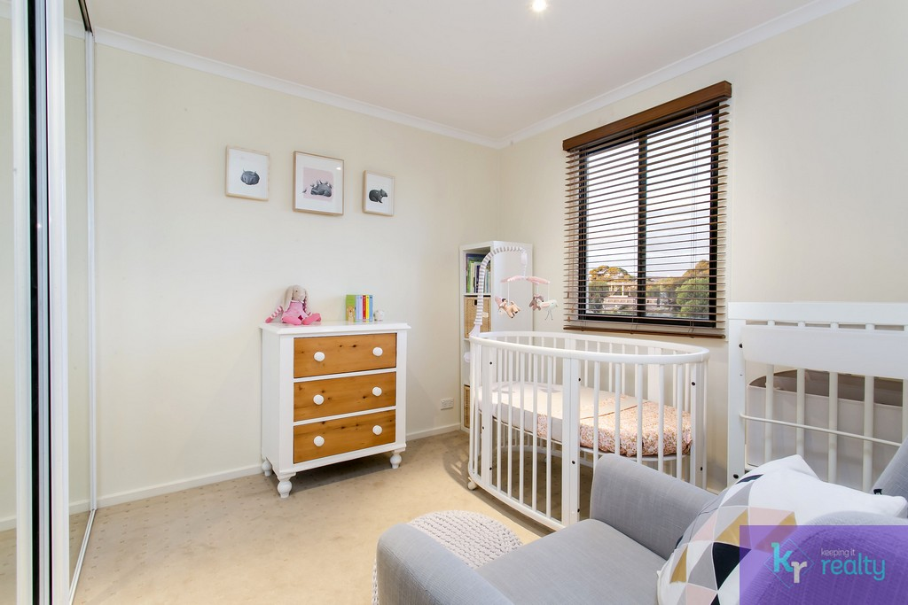 8-4 Cowell Place, Mile End - 14
